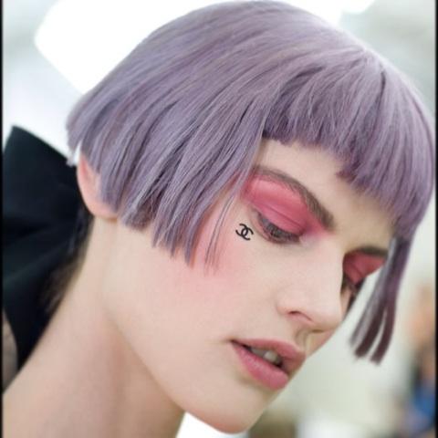 髪の毛を染めるなら何色?自分に似合う髪色を見つけてみよう!のサムネイル画像