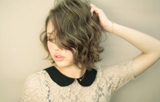 天然パーマの貴女にすすめたい!お洒落でかわいい髪型カタログのサムネイル画像