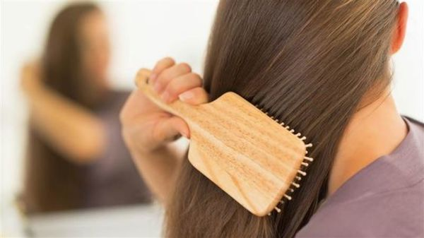 艶やかで健康的な髪を保つために欠かせない栄養は食べ物で摂ろうのサムネイル画像