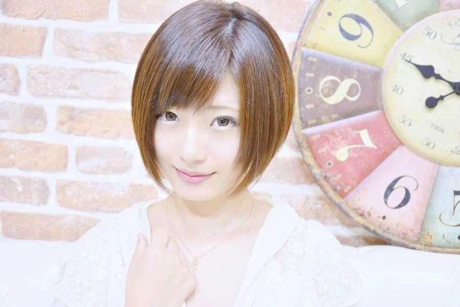 ショートヘアを楽しもう!人気急上昇中のおしゃれな髪形カタログのサムネイル画像