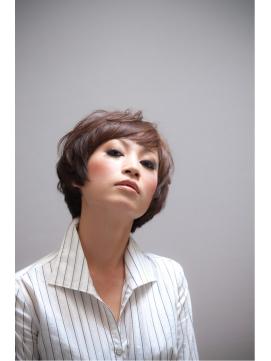 前髪のパターンは9個!大人女子におすすめの前髪をパターン別に紹介のサムネイル画像