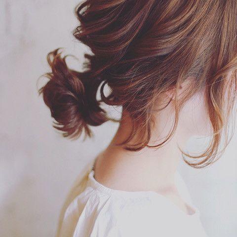 寝起き5分で作るまとめ髪♡あっとう間にお洒落な髪型を作るコツのサムネイル画像