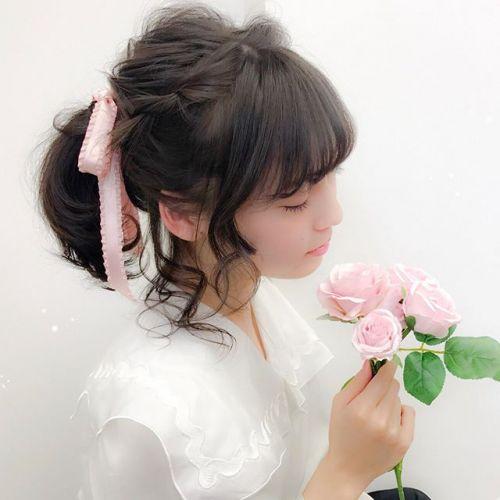 """特別な日こそ!【リボンアレンジ】が可愛い""""スタイリスト""""に頼も♡のサムネイル画像"""