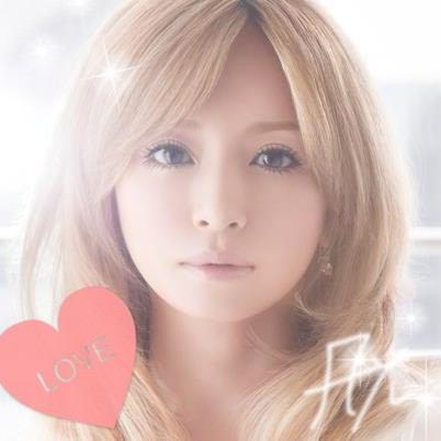 ショートヘアでも「カリスマ」!浜崎あゆみのショートヘアまとめ!のサムネイル画像