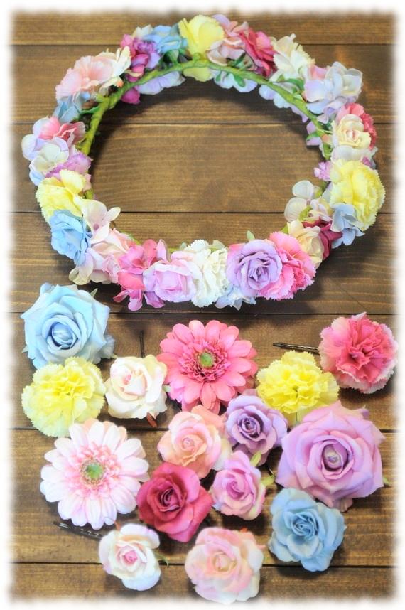 見てるだけで、もうカワイイ!!お花のヘアアクセで幸せ気分♪のサムネイル画像