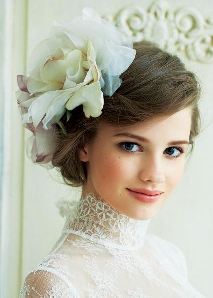 一生の思い出になる結婚式でより美しい新婦になるための髪型画像集のサムネイル画像