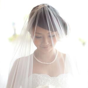 ショートヘアの花嫁さん必見!花嫁衣裳別ショートヘアの髪型画像集!のサムネイル画像