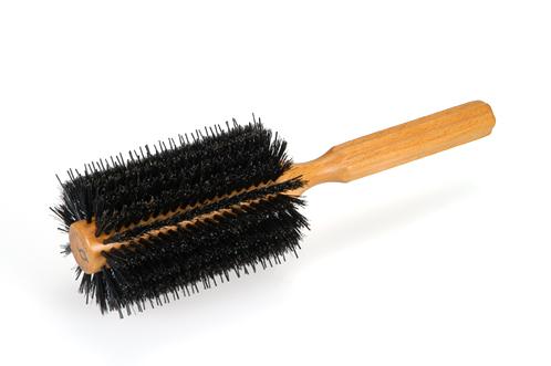 家でも美容院帰りの仕上がりに♡ブラシを使ったブローのやり方ご紹介のサムネイル画像