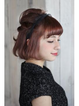ボブのハーフアップが女性らしくて可愛い!結婚式でもしたい髪型!のサムネイル画像