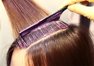 セルフカラーのコツを押さえてきれいな髪の染め方をマスターしよう!のサムネイル画像