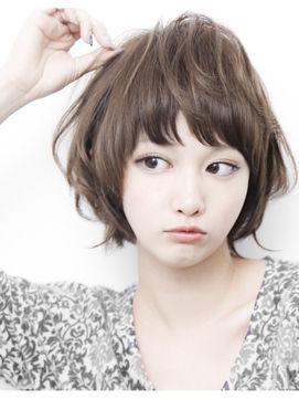 前髪迷い中の方必見の長さを変えずにイメチェンする可愛い前髪集のサムネイル画像