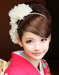 お花見は着物スタイルで彼と 桜に着物ヘアーはアップスタイルにしてのサムネイル画像