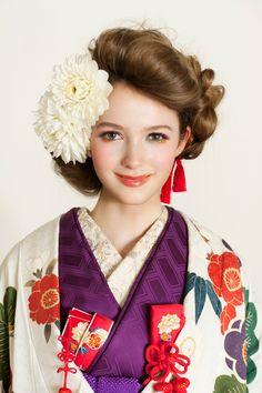 着物もオシャレ・ヘアスタイルで女子力アップ!艶っぽさ満点♪のサムネイル画像