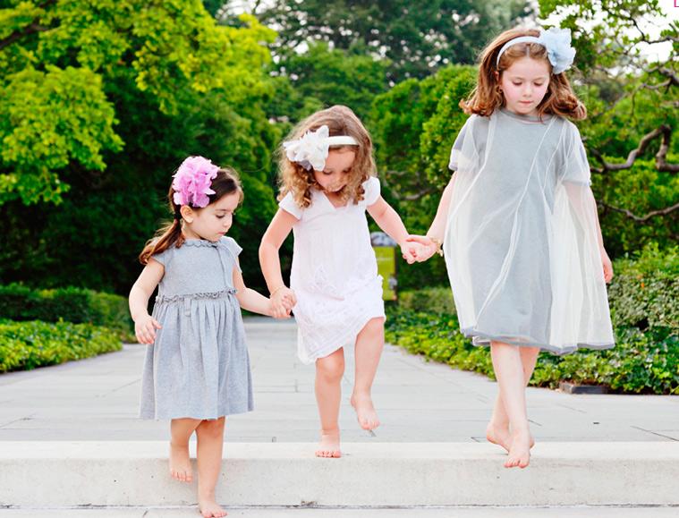 子供のカチューシャはこれ!キュートな女の子はこんな感じ♡のサムネイル画像
