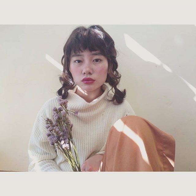 三つ編み≠昭和女子。おさげアレンジなんだかおしゃれ女子に♡♡のサムネイル画像