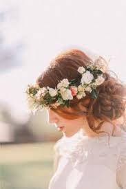 結婚式のお呼ばれヘア、トレンドの髪型は編み込みスタイル♪のサムネイル画像