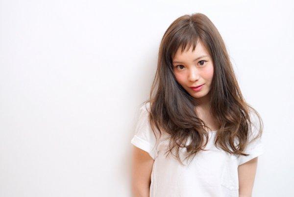 どんな前髪が魅力的?もちろん斜めバングが可愛さ満点です♡のサムネイル画像