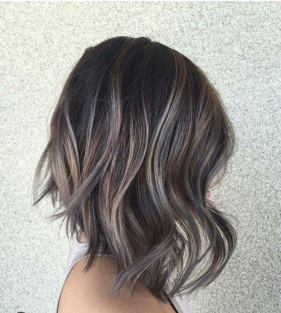 最旬トレンドヘアー♡アッシュにハイライトで夏の外人カラー!のサムネイル画像