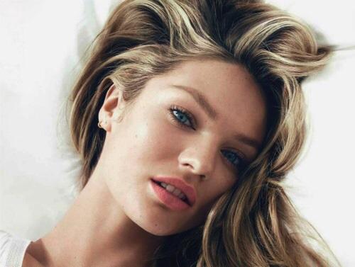 秋冬だって立体感を出すハイライトヘアカラーで技あり髪色に♡のサムネイル画像