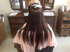 ヘアアレンジに必須!人毛のエクステは、どんなものなのでしょうかのサムネイル画像