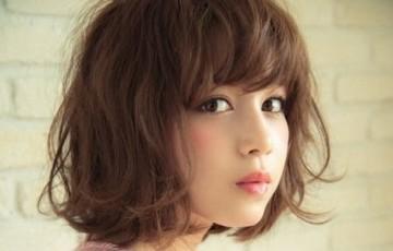 人気の高い愛らしいボブスタイルは、『前髪』で表情を変えるのサムネイル画像