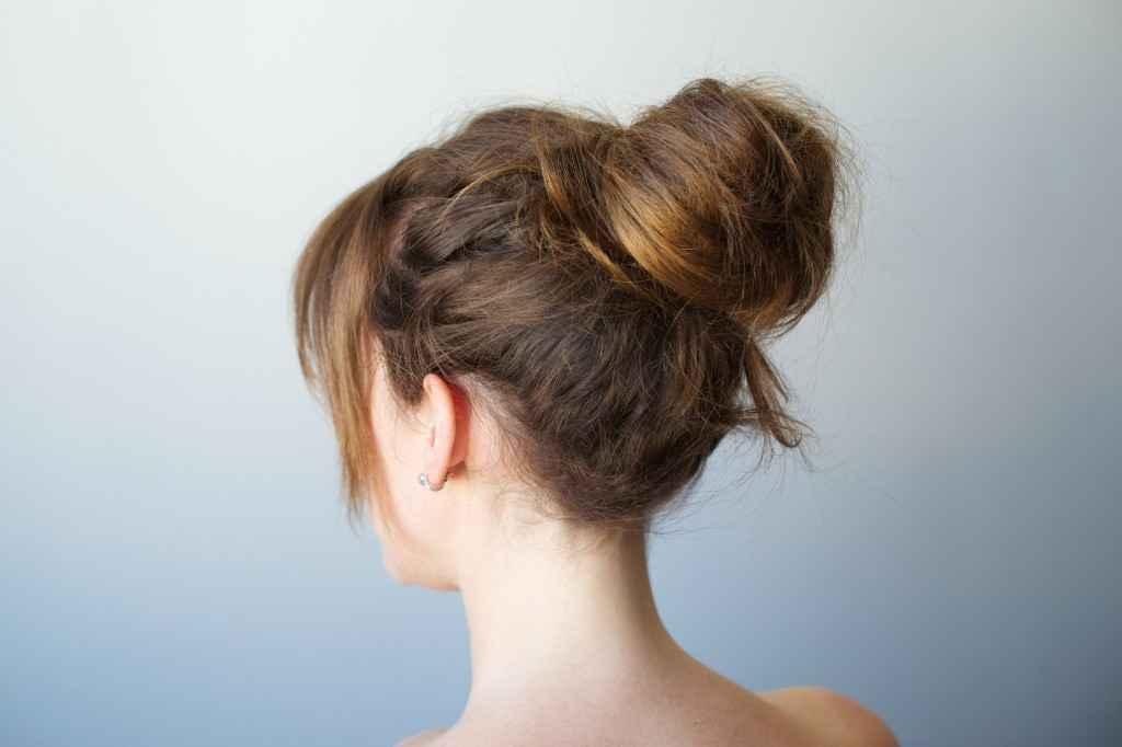 簡単おだんごヘア☆夏を楽しめるキュートな髪型をマスターしよう☆のサムネイル画像