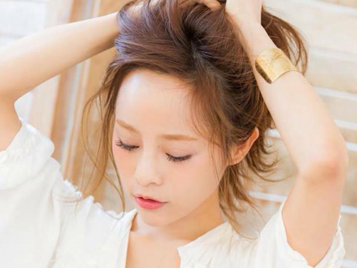 前髪の伸ばしかけ!アレンジ次第でかわいく乗り切れます♡♡のサムネイル画像
