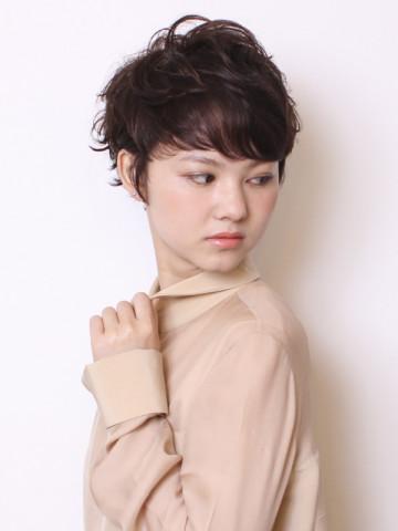 【大胆ヘアスタイル】刈り上げベリーショートのヘアカタログのサムネイル画像